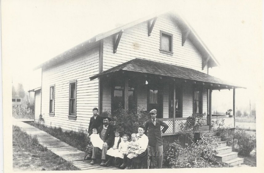 Leopold and Amalia Appel and family