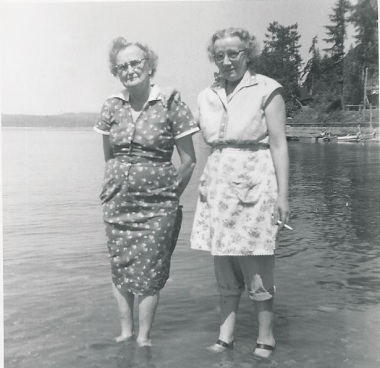 Lalla Geier and Edith Smith