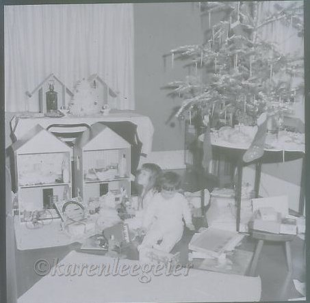 haggie_doll houses made by grandpa_1961