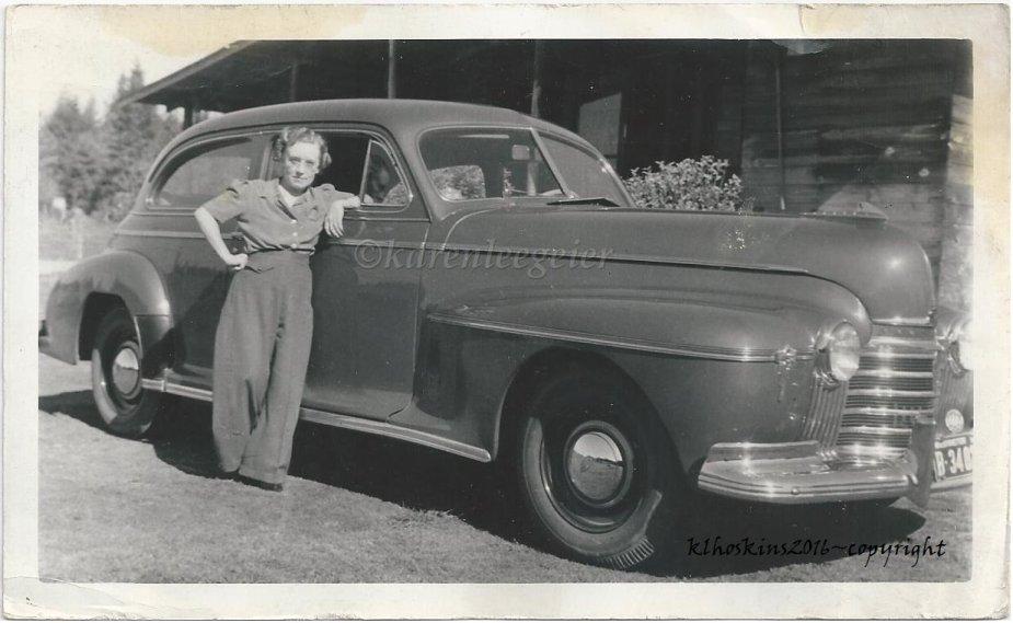 Kasae_Hazel with car