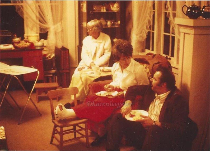 mazzoncini_marg last house_note tea pots_1973 Wong wedding (1)