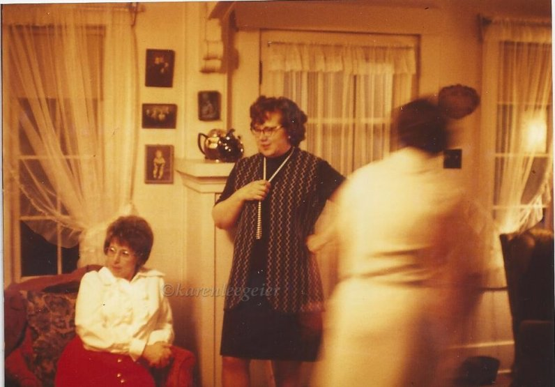 mazzoncini_marg last house_note tea pots_wedding Wong 1973