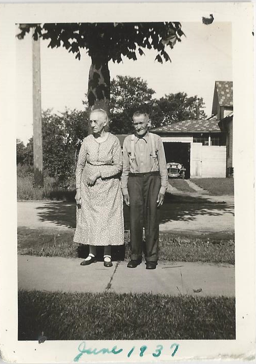 Lynna Butterfield Todd and husband George Todd