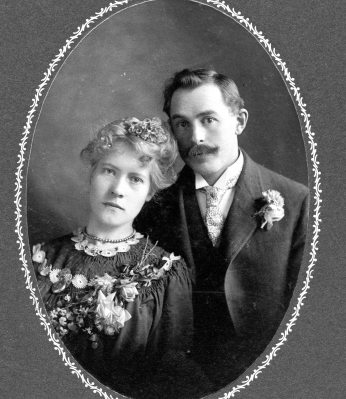 haggie john and agda wedding photo_30 Jan 1905_shared by milton campbell